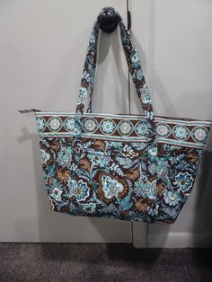 Vera Bradley Java Blue Miller Bag - New with Tags.great for travel! Vera Bradley Tote Bags, Java, The Ordinary, Diaper Bag, Diy And Crafts, Blue, Travel, Collection, Fashion