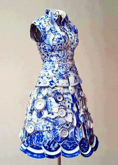 Something quite interesting...Dress made entirely out of porcelain by Li Xiaofeng. https://musetouch.org/?cat=26