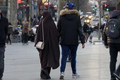 Le tabou règne en France sur la question, mais les informations les plus sombres proviennent de Belgique sur la réaction face aux attentats au sein de la communauté musulmane. Après les propos du bien nommé Ministre de l'Intérieur Jambon sur le soutien...