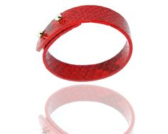 http://thissomething.com/woman/jewellery/snake-leather.html