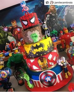 birthday wishes for him Avengers Birthday Cakes, Superhero Birthday Party, 4th Birthday Parties, 3rd Birthday, Avengers Party Decorations, Birthday Party Decorations, Marvel Cake, Hulk Party, Hulk Cakes