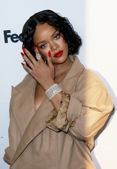 """arielcalypso: """" Rihanna at the annual Parsons Benefit in NYC. Rihanna Outfits, Style Rihanna, Rihanna Mode, Rihanna Looks, Rihanna Riri, Rihanna Nails, Rihanna Photos, Rihanna Fenty Beauty, Rihanna Makeup"""