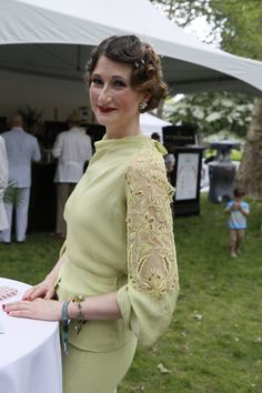 On the grounds of the 11th annual Jazz Age Lawn Party in Governors Island 20s Fashion, Fashion Art, Fashion News, Fashion Show, Vintage Fashion, Vintage Style, Jazz Age Lawn Party, Party Photos, Backyard Landscaping