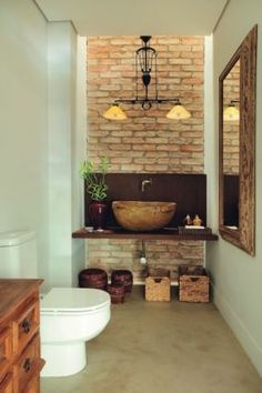 Bathroom tile ideas to get your home design juices flowing. will amp up your otherwise boring bathroom routine with a touch of creativity and color Bathroom Floor Tiles, Bathroom Colors, Brick Bathroom, Tile Floor, Basement Bathroom, Master Bathroom, D House, Traditional Decor, Eclectic Decor