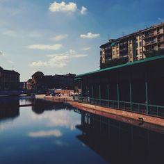 #milano #milan #milanocity #darsena #darsenamilano #nuovadarsena #navigli #naviglimilano #river #boathouse #mirror #reflections #sky #skyporn #clouds #clooudporn #picsofmi #becausemilan #milanodavedere #whywelovemilano #volgomilano #milanolife #loves_milano #whatIsee #myshots #ig_milan #igersitalia #igersroma #igersmilano by giuse1908