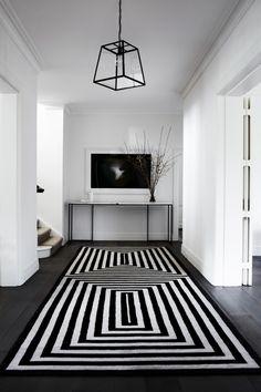 An elegant floors in black & white.