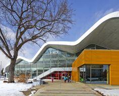 Jasper Place Branch Library  in Edmonton Alberta Canada/ HCMA/Dub Architects