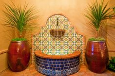 Interesting way to edge the tile. Water is one of the most compelling design elements in our homes; especially here in the Scottsdale area. Spanish Colonial, Haciendas and Mediterranean homes traditionally have fountains. Every home that Casas del Oso Luxury Homes has designed and built for the last ten plus years has a #fountain. In our desert heat everyone recognizes water …