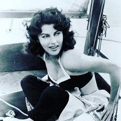 #avagardner #vintage #monochrome #blackandwhite #actress #mogambo