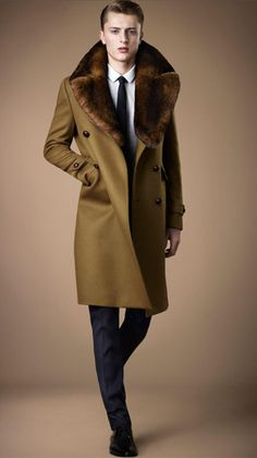 Burberry Fur Collar Miltary Coat in Brown for Men (military green)
