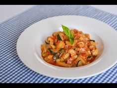 Ratatouille, Bruschetta, Shrimp, Food And Drink, Meat, Ethnic Recipes, Youtube, Red Peppers, Kochen