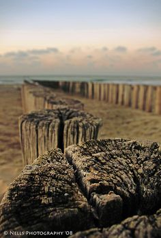 Westkapelle - Zeeland by Nells Photography, - Moden Achrichten I Love The Beach, Photography Photos, Beautiful Images, Places Ive Been, Seaside, Countryside, Netherlands, Holland, Earth