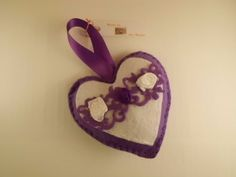 Felt hanging heart in purple with flower details