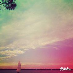 #nature #nature_perfection #naturelovers #naturegram #nature_captures #vsco #vscogood #vscocam #vsconature #instanature #instagood #instapic #lake #retrica #boat #clouds #heaven #sun #sunset #explore #adventure #holiday #photographer #photography #picture #beautifulnature #tree #pink #explorenature #sky by lu_na95