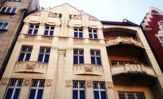 #BYTOM, rynek 19 #slkamienice #silesia #townhouse #śląsk #kamienice #bytom Mansions, House Styles, Home Decor, Decoration Home, Manor Houses, Room Decor, Villas, Mansion, Home Interior Design