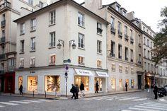 La Hune est une librairie historique du quartier St-Germain-des-Près. Pour preuve, André Breton et Max Ernst venaient à l'époque découvrir les ouvrages de la librairie. Elle est devenue une référence pour les bibliophiles, tant par ses choix de lecture éclectique que par l'accueil des gérants.