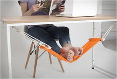 Funny pictures about Now I Want An Under-The-Desk Foot Hammock. Oh, and cool pics about Now I Want An Under-The-Desk Foot Hammock. Also, Now I Want An Under-The-Desk Foot Hammock photos. Home Decoracion, Rest House, The Office, Office Desk, Mini Office, Office Fun, Pc Desk, Foot Rest, Cool Gadgets