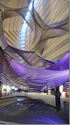 Hyatt Regency, San Francisco, designed by John Portman (Eclipse, Charles Perry sculpture) Atrium Design, Lobby Design, Modern Office Design, Modern Interior Design, Modern Offices, Architecture 101, Architectural Photographers, Treatment Rooms, Beautiful Hotels
