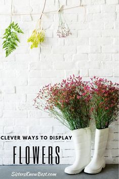 Let your imagination run wild with these flower arrangements! Beautiful flowers displayed in unique ways. Holding Flowers, Great Backgrounds, Mode Shop, Flower Images, Flower Photos, Summer Is Here, Affordable Home Decor, Garden Gates, Diy On A Budget