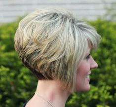 Stacked Layered Bob Back View Download