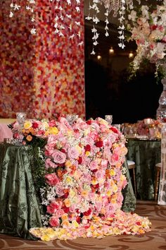 pink and green wedding sweetheart table