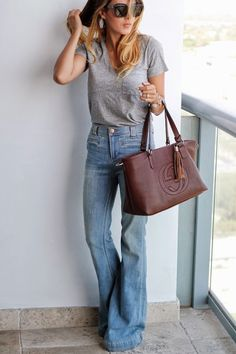 Dittos Vintage Boot cut Denim Jeans Cut Jeans Womens jeans in Style Jeans Out Of Style Denim Jeans Bootcut Jeans Jeans Dittos Chiffon Diary Estilo Fashion, Ideias Fashion, Looks Style, Style Me, Beautiful Outfits, Cute Outfits, Trendy Outfits, Cut Jeans, Denim Jeans
