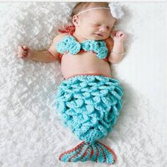 A very cute mermaid baby crochet suit/costume ideal for beautiful baby photos. gift present prop photography via Etsy