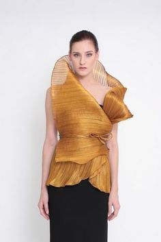 Mira lukot - modern Filipiniana wrap by Ditta Sandico Ong http://dittachannel.com/mira-lukot