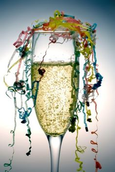 New year's idea - champagne and streamers