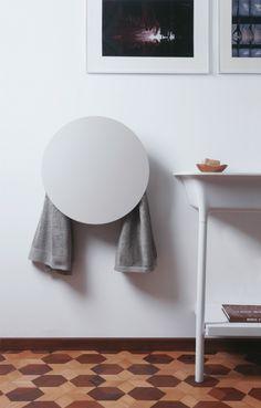 Electric wall-mounted aluminium towel warmer ROUND By design Monica Freitas Geronimi Interior Design Process, Towel Warmer, European Home Decor, Home Technology, Design Your Home, Terrazzo, Smart Home, Bathroom Inspiration, Bathroom Ideas