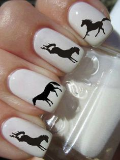 Beautiful Nail Art – Horse   Ladies Want