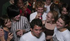 7 Tips For Surviving Your First House Party | Surviving College