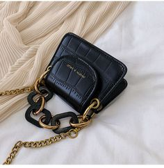 leather purses and handbags Mini Crossbody Bag, Mini Purse, Clutch Bag, Leather Crossbody, Pu Leather, Leather Totes, Ysl Tote, Brown Leather, Celine Tote