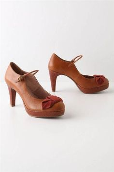 Anthropologie Bowed Lacerta Mary-Janes