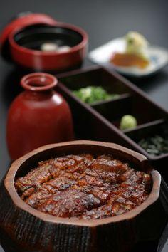 Hitsumabushi (Grilled Eel on Rice) 名古屋名物 ひつまぶし「あつた蓬莱軒」