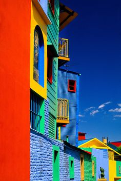 I wish this are the real colours. argentina is broken! =( GreatyStuff: Colours of Caminito in La Boca - Buenos Aires, Argentina Colors Of The World, Places Around The World, Oh The Places You'll Go, Argentine Buenos Aires, Beautiful World, Beautiful Places, Beautiful Pictures, Colourful Buildings, Colorful Houses