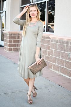 Kara Midi Dress In Moss Green - My Sisters Closet