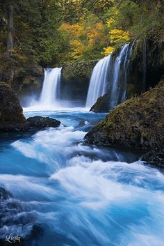 So many insanely beautiful waterfalls in the Columbia River Gorge - I cannot pin them all. I must plan a trip to the northwest. Beautiful World, Beautiful Places, Beautiful Pictures, Beautiful Waterfalls, Beautiful Landscapes, Natur Wallpaper, Landscape Photography, Nature Photography, Waterfalls Photography