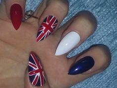 World cup england union jack false nails be world cup ready with these beautiful nails come in sets of 24 Oval Nails, 3d Nails, Stiletto Nails, 3d Nail Art, Nail Arts, Long Square Nails, 12th July, Different Nail Shapes, Make And Sell
