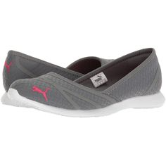 PUMA Vega Ballet Flume (Quiet Shade/Sparkling Cosmo) Women's Shoes (945 MXN) ❤ liked on Polyvore featuring shoes, flats, ballerina shoes, flat slip on shoes, puma flats, sparkly shoes and slip on flats