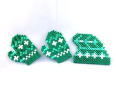 Set of gloves and hat made from hama beads by VlinderShop on Etsy