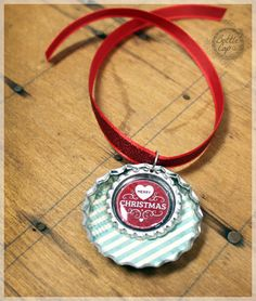 Jumbo bottle cap ornaments with scrapbook glitter paper for Large bottle caps for crafts