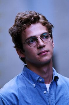 hayden christensen, boy, and glasses image Anakin Dark Vador, Matt The Radar Technician, Anakin Skywalker, Fine Men, Clone Wars, Beautiful Boys, Cute Guys, Celebrity Crush, The Best