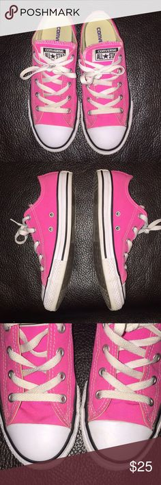 Converse Chuck Taylor All Star Kids Sneakers SZ 3 I so wanted my daughter to wear these all the time and she just didn't. I LOVE these shoes!! She only wore there a few times but now they can be yours! Converse Shoes Sneakers