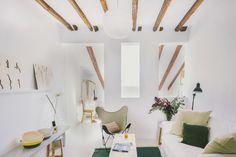 Vivienda buhardilla en Madrid, barrio Malasaña, un proyecto de Nimú estudio de diseño