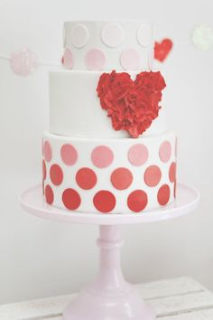 """Kisses & Cupcakes"" Valentine's Day Party :: www.SmashCakeandC....  Gorgeous cake by Topping Couture Cakes"