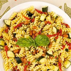 Mediterranean Fusilli Salad - Recipes - Best Recipes Ever - Fresh basil, hearty beans, piquant sun-dried tomatoes and al dente pasta make the perfect summer salad. Gf Recipes, Pasta Recipes, Salad Recipes, Casserole Recipes, Soup Recipes, Recipies, Salad Bar, Soup And Salad, Pasta Salad