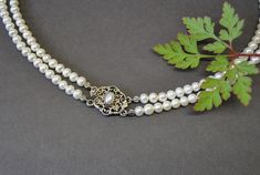 Schmuck Online Shop, Pearl Necklace, Pearls, Jewelry, Fashion, Jewelry Gifts, String Of Pearls, Ear Gauge Plugs, Brooch