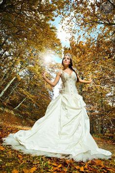 Fotografo: Santiago Amo Modelo: Victoria Quintin Vestuario Martha Peters