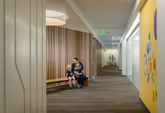 7 Projects Announced as Winners of AIA National Healthcare Design Awards,Seattle Children's Hospital, South Clinic; Seattle / ZGF Architects LLP. Image © Aaron Leitz